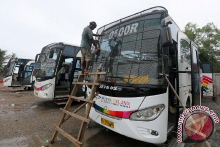 Arus mudik - Perusahaan bus diminta sediakan cadangan