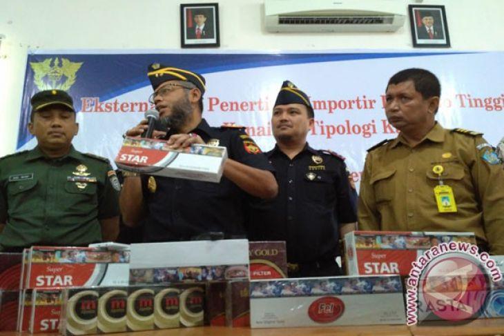TNI gagalkan peredaran ratusan dus rokok ilegal