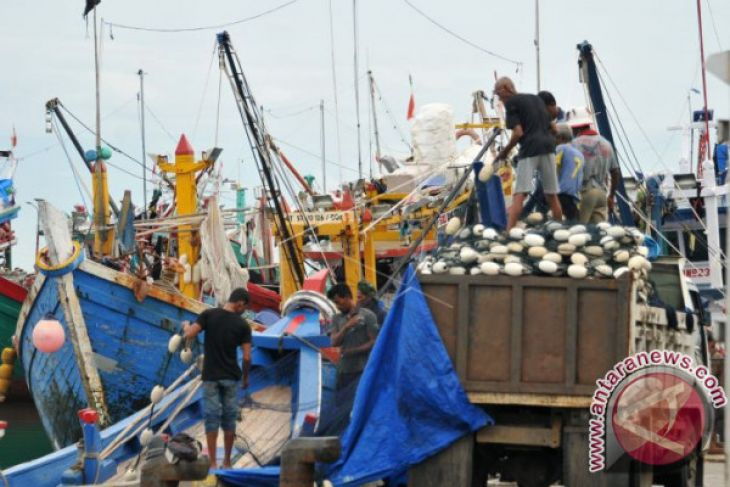Nelayan Tidak Melaut