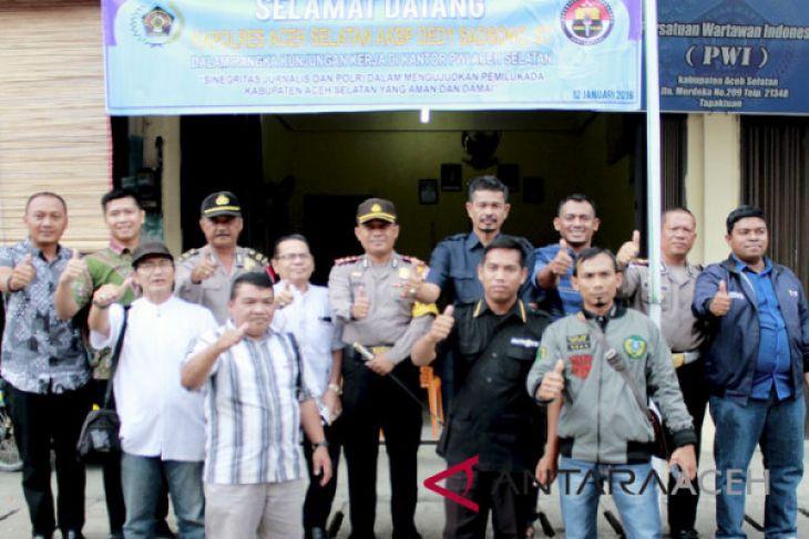 Kapolres Aceh Selatan Silaturahmi ke Kantor PWI