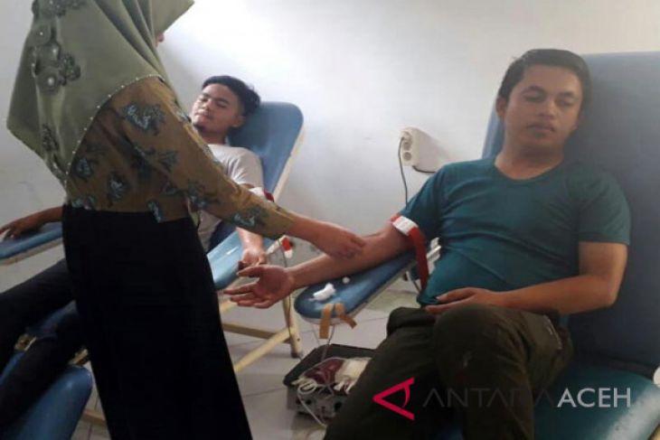 Pemuda donor untuk pasien RSU Datu Beru