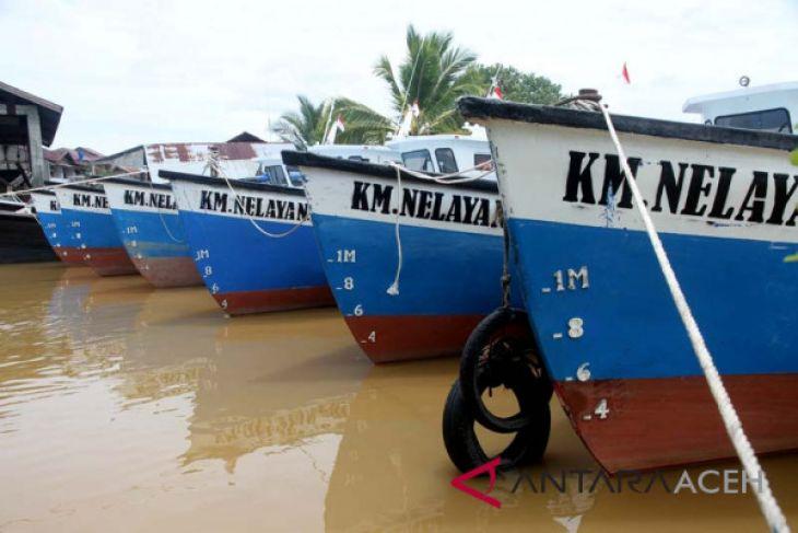 KKP sita alat tangkap nelayan Aceh Barat