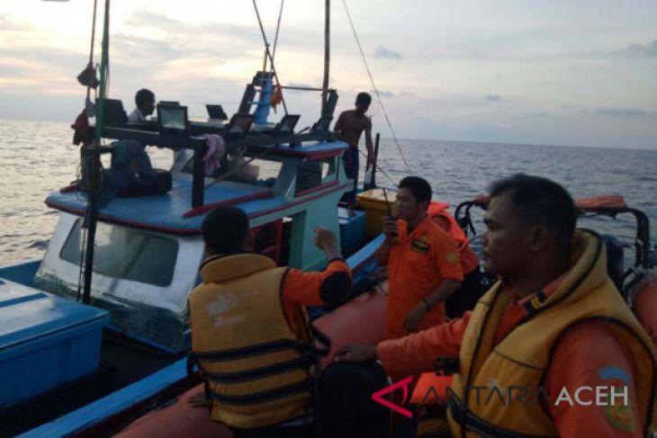 Boat tenggelam dua nelayan Aceh Utara selamat