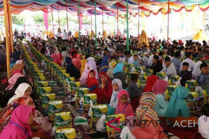 Komunitas Pajero One santuni anak yatim Aceh Utara