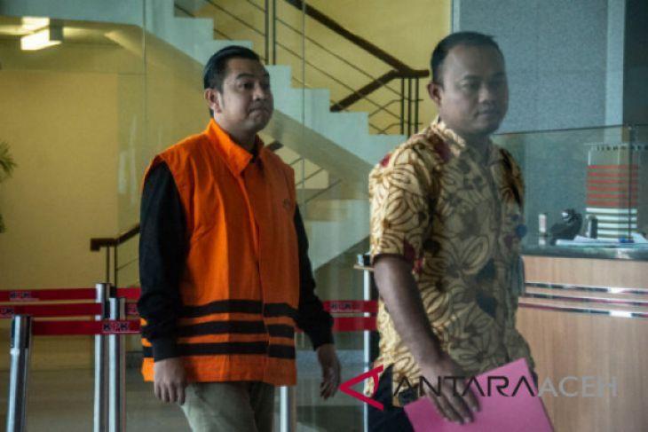 Pemeriksaan perdana Staf khusus Gubernur Aceh