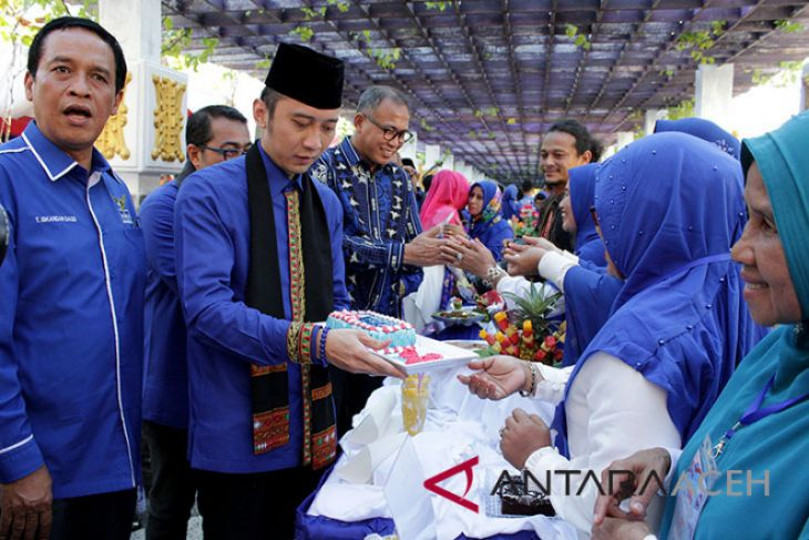 Kunjungan Edhie Baskoro Yudhoyono di Aceh