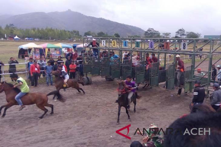 Wabup Aceh Tengah: pacuan kuda salah satu daya tarik wisata