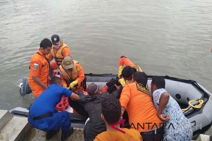 Enam hari hilang, akhirnya mayat pemancing ditemukan