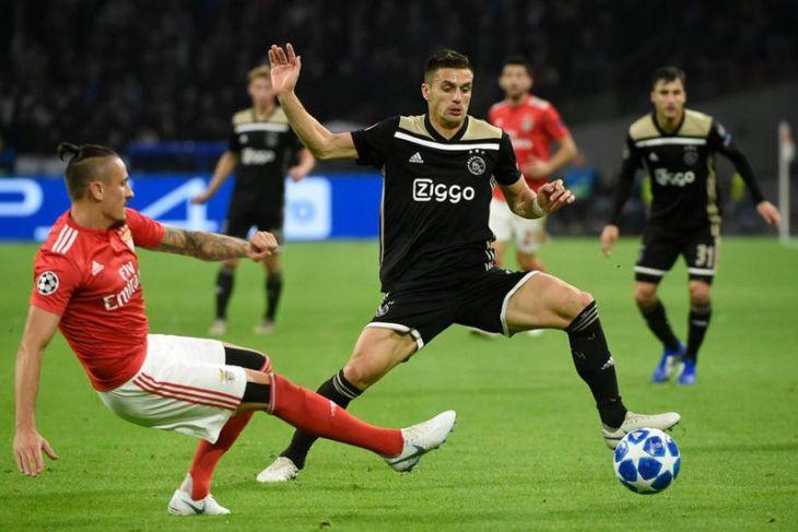 Ajax tahan imbang Benfica