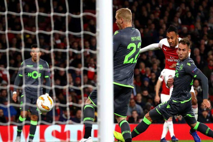 Arsenal lolos ke 32 besar Liga Europa