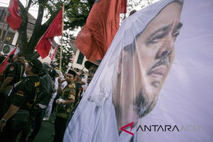 Habib Rizieq diperiksa pihak keamanan Arab Saudi