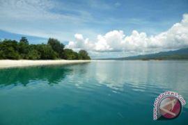 Komisi IV DPR Dukung Pariwisata Pulau Pombo
