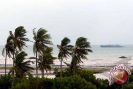 BMKG Pattimura imbau nelayan waspadai angin kencang