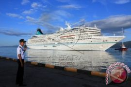 Ternate titik persinggahan kapal pesiar