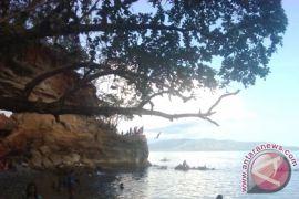 Pantai Liliboi Mulai Dibenahi
