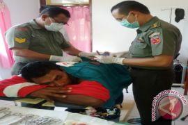 Kodam Pattimura Bhakti Sosial Kesehatan di Nusalaut