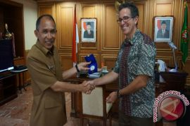 Gubernur Maluku Apresiasi Program APIK USAID