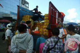 Bulog Maluku Lakukan Operasi Pasar