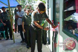 Pangdam Pattimura Resmikan Bedah Rumah Veteran
