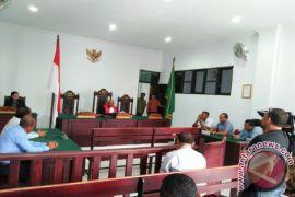 Pra peradilan mantan Bupati SBB dikabulkan