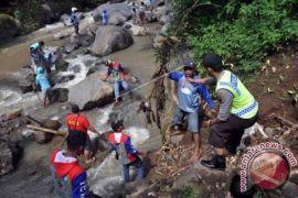 Pemkot Ambon dorong budaya gotong royong