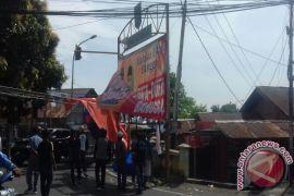 Bawaslu Kota Ternate tertibkan APK