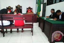 Terdakwa mengaku dipaksa tandatangan BAP