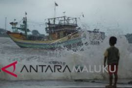 Waspadai gelombang tinggi laut Banda