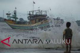 Nelayan Maluku diimbau waspadai gelombang tinggi
