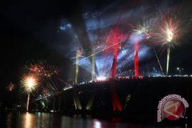 Gubernur: alihkan pesta kembang api dari JMP