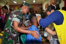 TNI - Walubi gelar operasi katarak gratis di Malut