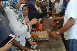 Masyarakat Ambon keluhkan kupon pasar murah
