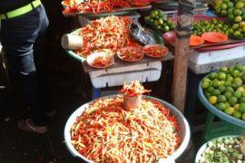 Harga cabai dan bawang di Ambon bertahan