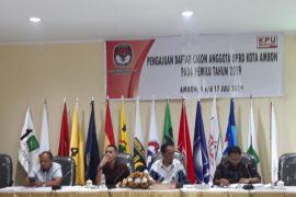 Parpol daftar Bacaleg di KPU Ambon