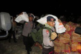 Polda ajak masyarakat bantu suku Mausu Ane