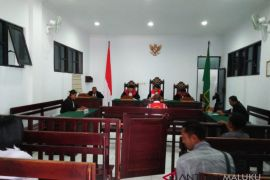 Kakek cabul divonis tujuh tahun penjara