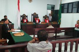 Hakim adili oknum Brimob penembak warga
