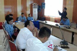 Kota Ambon mengalami deflasi
