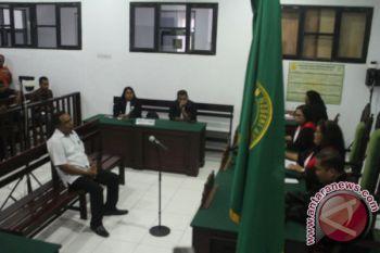 Mantan Plt Kepala BPMD SBB divonis penjara