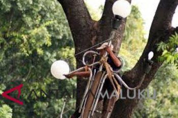 PUPR Ambon benahi saluran dan lampu jalan