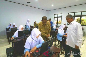 6.356 siswa SMP di Ambon ikut UN