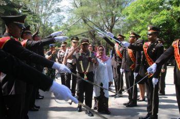 """Polda Maluku gelar """"farawel parade"""""""
