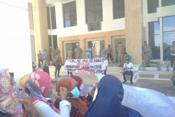 Pemprov Maluku Utara  janji bayar TPP enam bulan