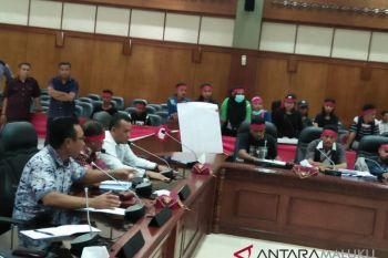 Mahasiswa adat Sakamese Nusa tolak HPH