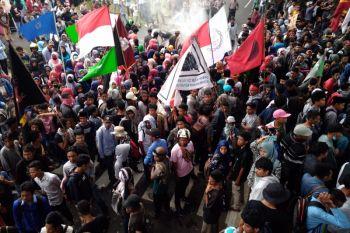 Petani boikot jalan trans Tobelo-Galela