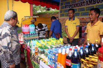 Pasar murah pemkot Ambon tekan harga kebutuhan pokok