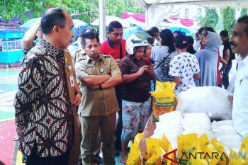 Gubernur imbau masyarakat Maluku belanja secukupnya