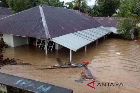 Banjir rendam belasan rumah warga Kaitetu