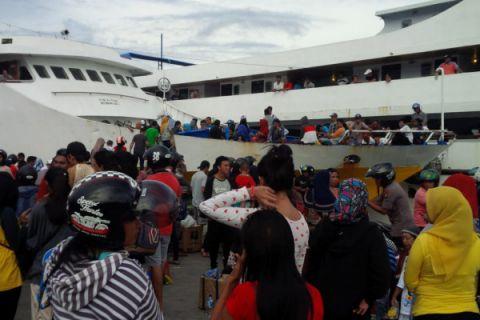 Arus balik di pelabuhan Ternate 51.362 penumpang