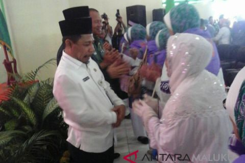 Sekda Maluku lepas 1.071 calon haji